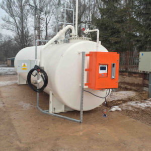 Zbiornik stalowy z systemem zarządzania paliwem